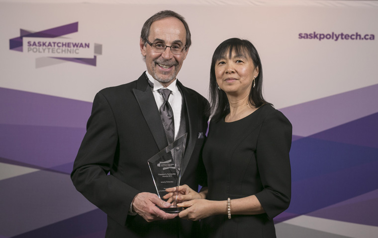 Receiving the award on behalf of Cameco Corporation, Alice Wong, Senior Vice President and Chief Corporate Officer, Cameco Corporation