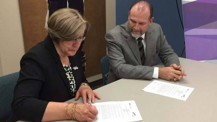 Agreement between Sask Polytech and the University of Regina's Paul J. Hill School of Business improves opportunities for students