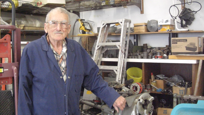 Sask Polytech alumn wins Guinness World Record for being the world's oldest plumber